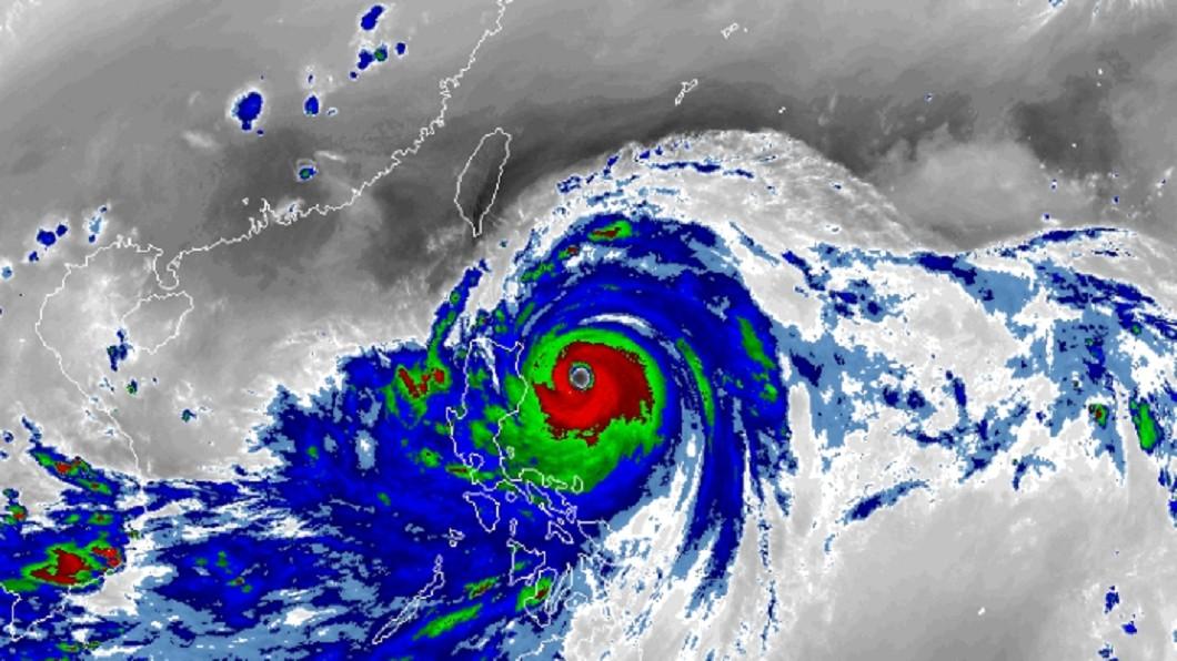 圖/翻攝自RAMMB 強颱山竹暴風圈擴大 美軍:台灣恐進入7級風半徑