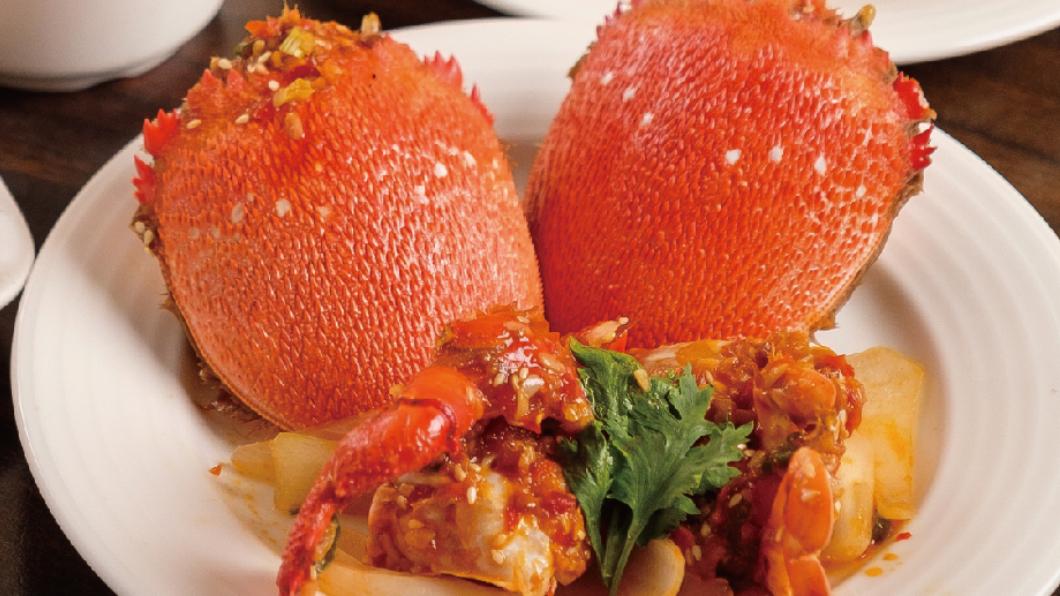 圖/翻攝名人會美食百匯粉絲團 揪團呷蟹正是時候!吃到飽4人同行1人免費