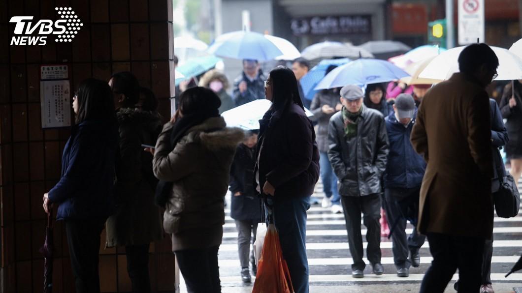 示意圖/中央社 畢業季效應 8月失業率3.87%