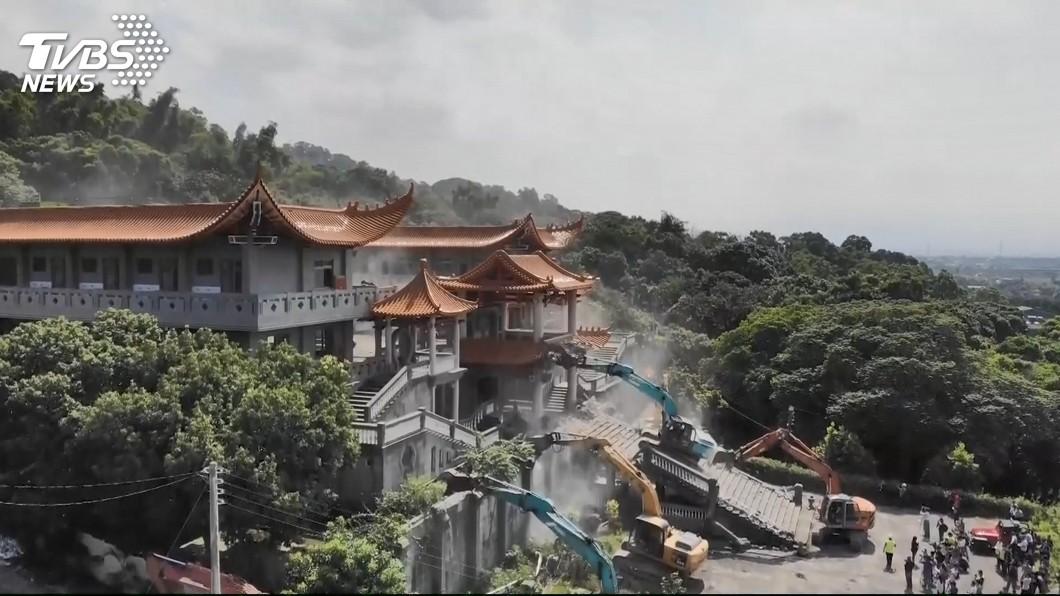 圖/TVBS 申冤1年半「碧雲禪寺被拆除」 網喊:白沙屯媽祖顯靈