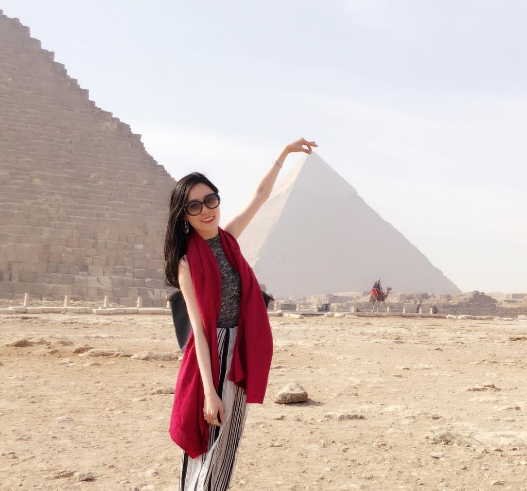 親臨吉薩金字塔的壯觀