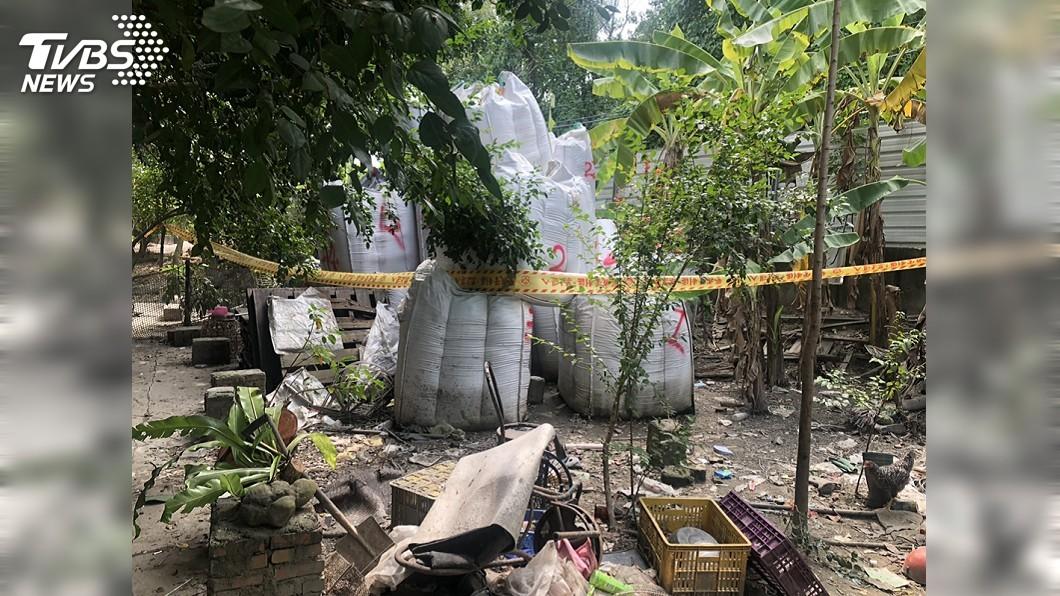 圖/中央社 偷埋棄置3千桶廢溶液 允成負責人兄弟遭押