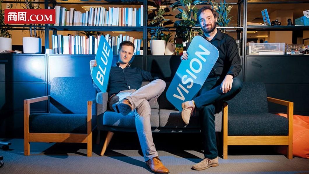 彼得.昂多斯卡(圖左)、盧卡斯.普拉汀斯基(圖右)。圖/商周 【商周】2位東歐青年創AR地圖 比Google準千倍