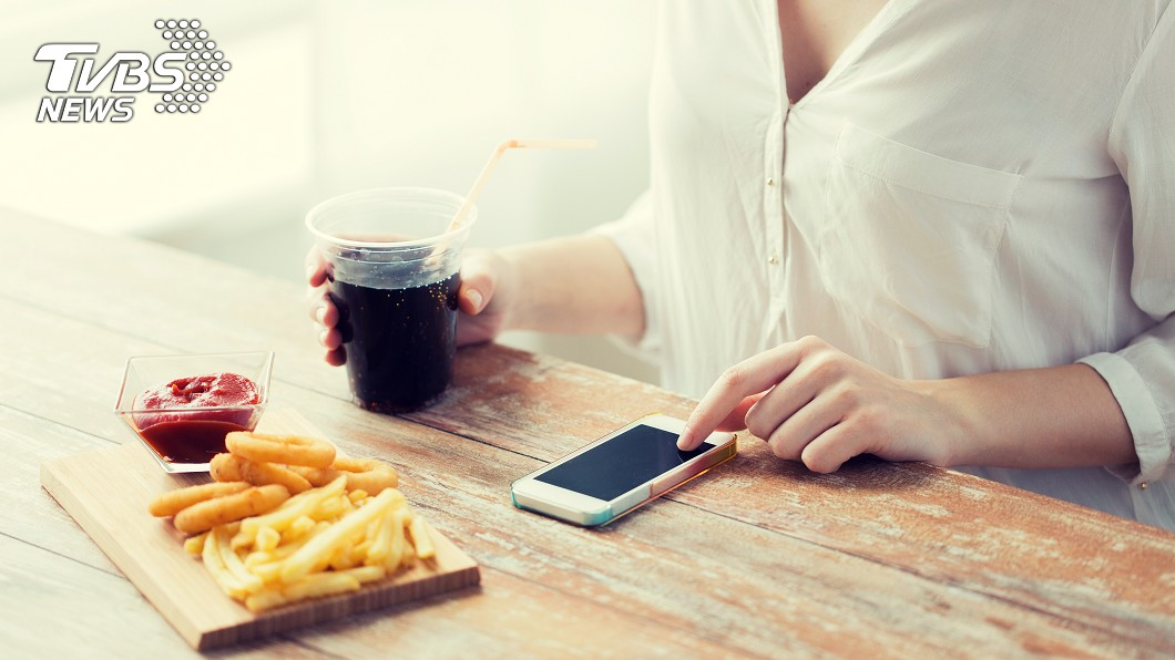示意圖/TVBS 這8種食物「吃一口胖1公斤」號稱減肥剋星!