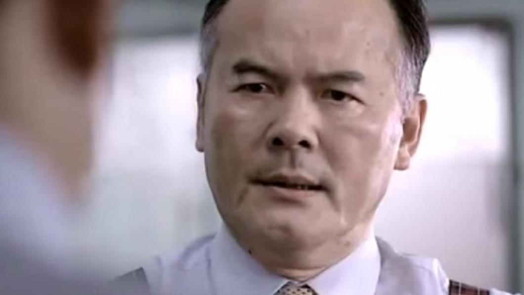 演員王盛弘被婦人指控騙財,他在出庭時稱說是對方餽贈。(圖/翻攝自YouTube) 騙光老婦1993萬還花光 男演員扯:我們是情侶