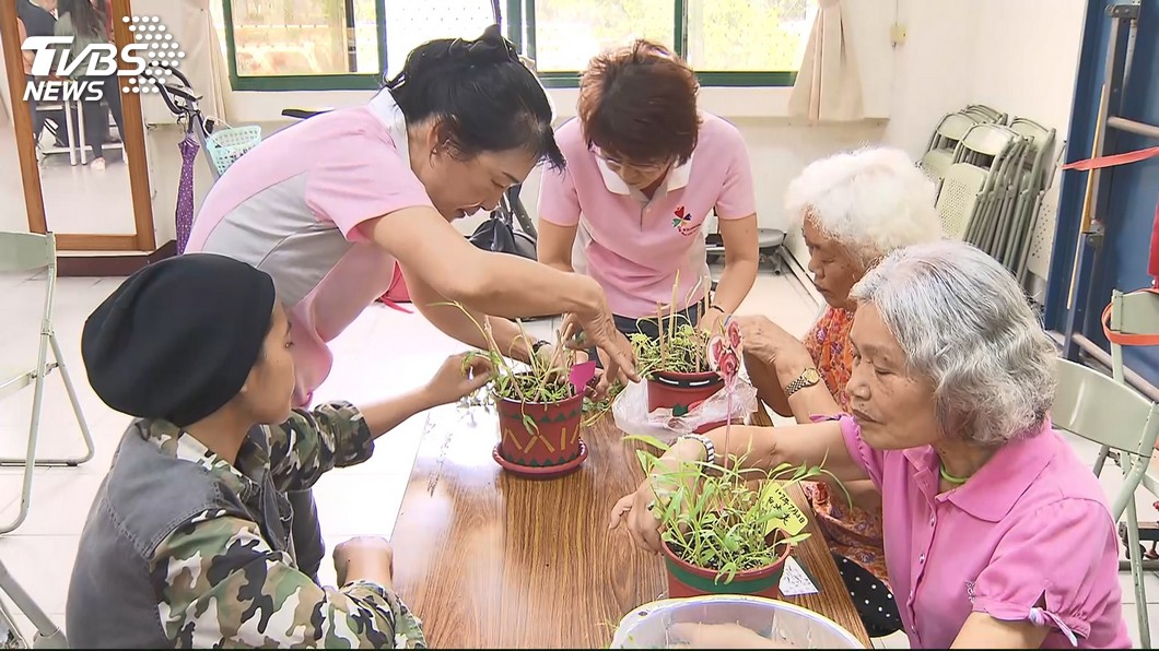 京都同仁堂 驚!女過45歲 半數易失智.中風 醫:因長壽