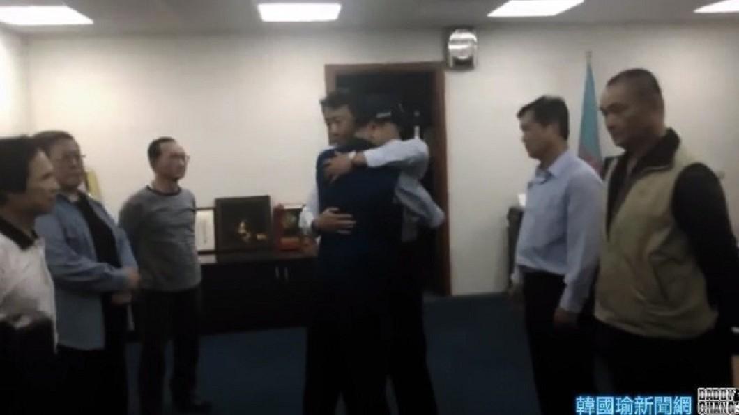 圖/翻攝YouTube 又有影片被挖出!韓國瑜離開北農「員工淚崩道別」