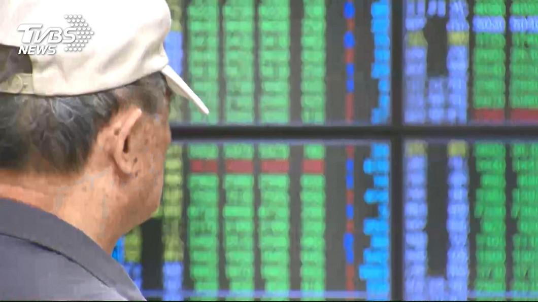 圖/TVBS 華為概念股下跌 台股失守10400點關卡