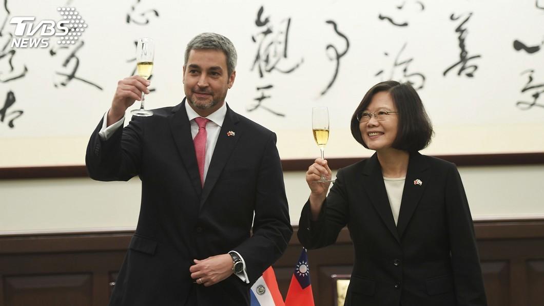 圖/中央社 蔡總統軍禮歡迎 阿布鐸:台巴心臟跳動緊緊結合