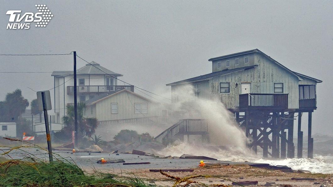 圖/達志影像路透社 美史第3強颶風麥可登陸 佛州城鎮宛如戰區