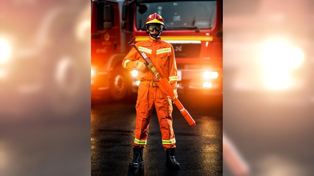 圖/翻攝自中國消防微博 嗆消防「救人不救貓狗」 他討拍反被酸:不會太奢華了?