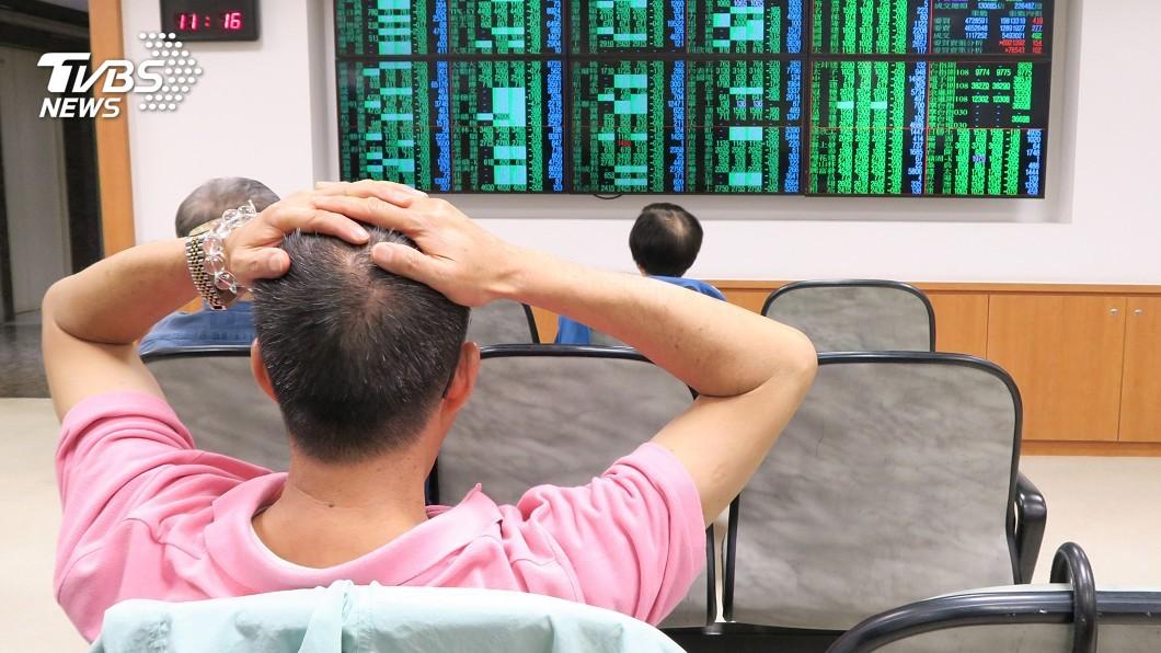 圖/中央社 台股盤中反彈逾150點 新台幣午盤強升2.35角