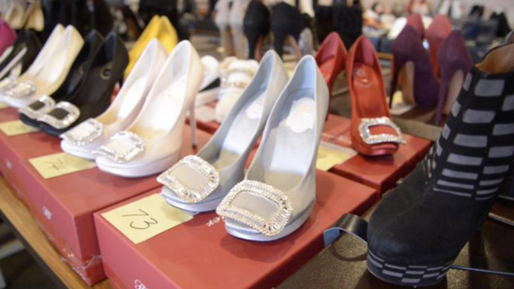 圖/行執署台北分署提供 LV鞋1千起標!「超跑女神」涉詐欺 百雙名牌鞋法拍