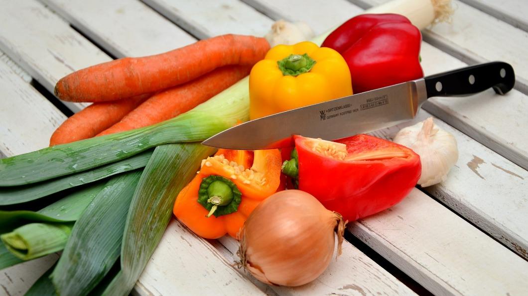 圖/翻攝自Pixabay 比草莓還毒!3大蔬菜易殘留農藥 吃下肚恐罹癌
