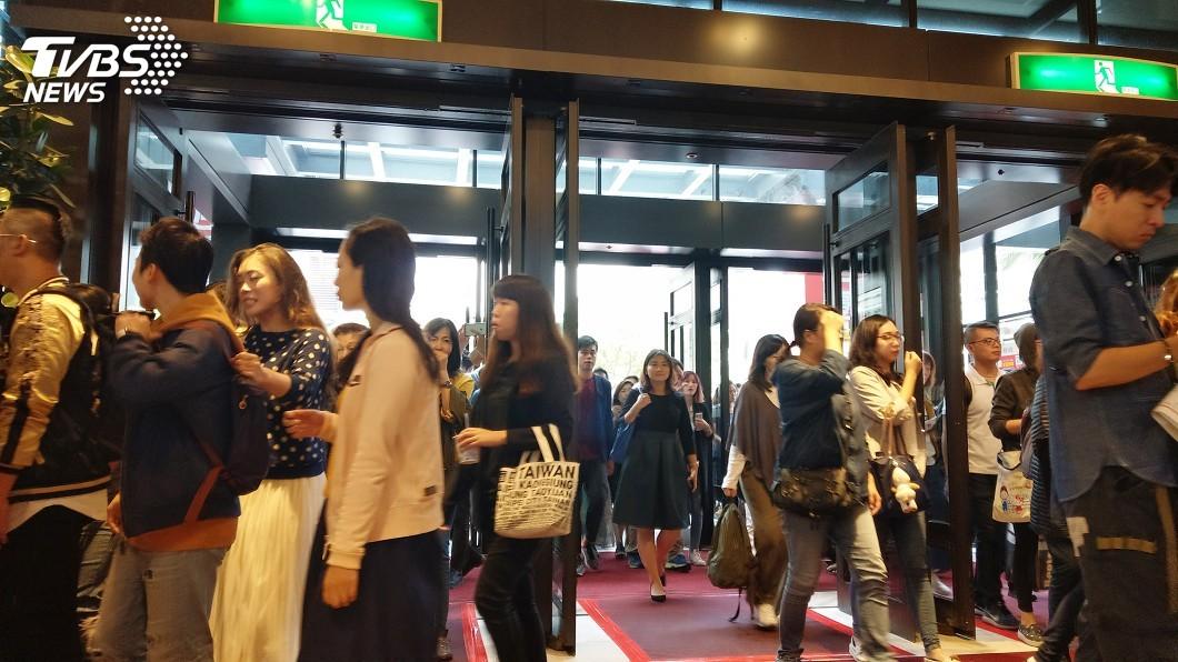 圖/中央社 新光信義新天地週年慶 首日業績估9.5億元