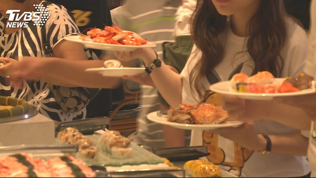京都同仁堂 壽司、沙拉OUT! 吃到飽「六大地雷食物」千萬別夾