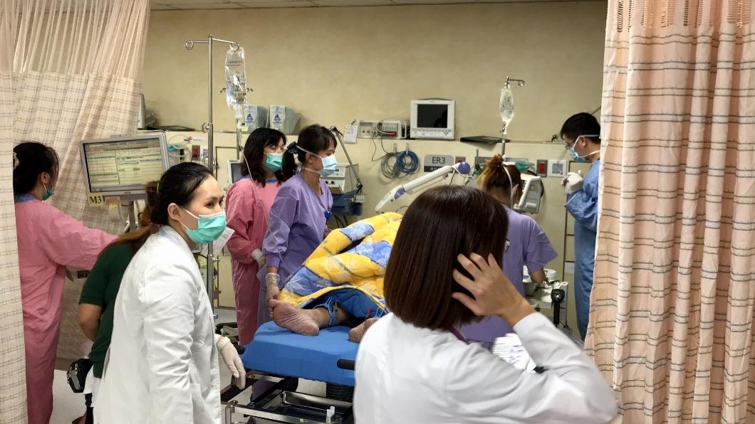 圖/翻攝自羅東博愛醫院臉書 救護車都血淋淋!護理師見面目全非6歲童:只想讓他活