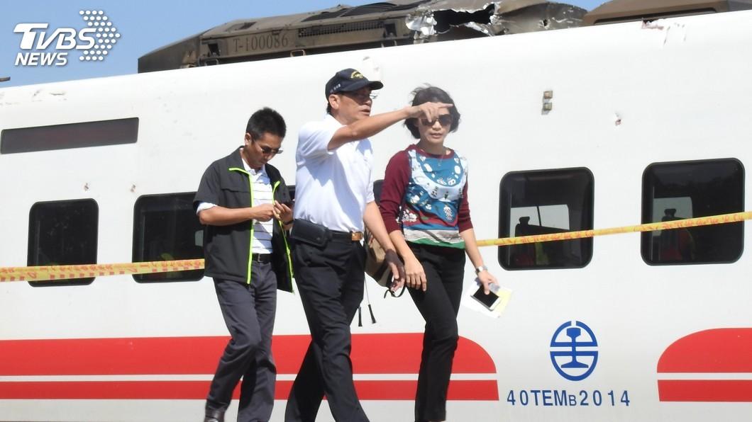 圖/中央社 普悠瑪列車事故 檢方:車廂內無新發現罹難者