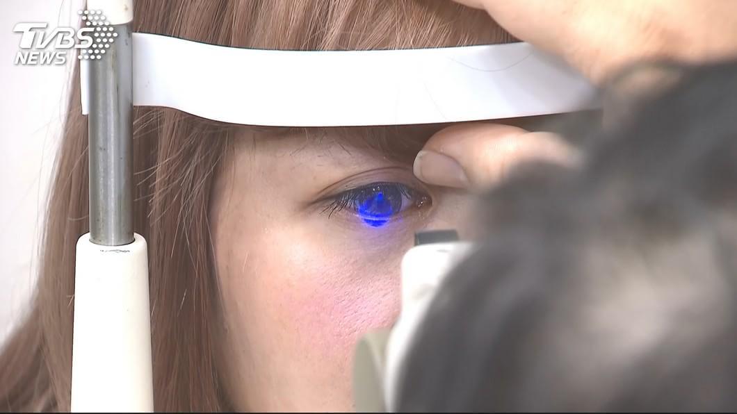 糖尿病患者失明率是一般人的25倍。示意圖/TVBS 糖尿病者失明率多「25倍」 專家呼籲必須這樣做