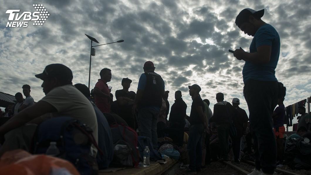 圖/達志影像美聯社 中美洲移民北漂 川普揚言卯足全力阻止