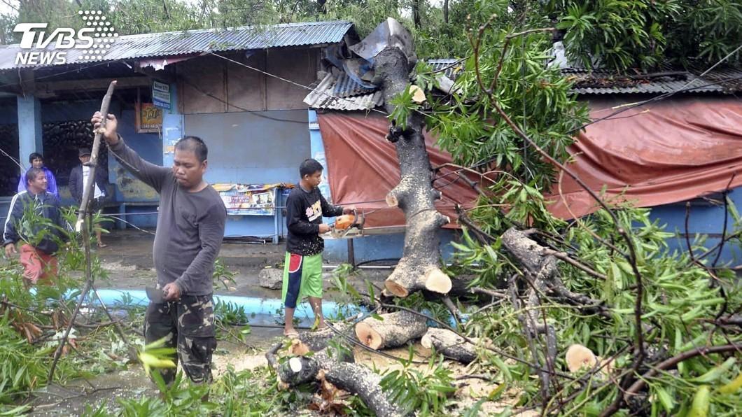 圖/達志影像美聯社 颱風玉兔襲菲律賓 土石流恐活埋近40人