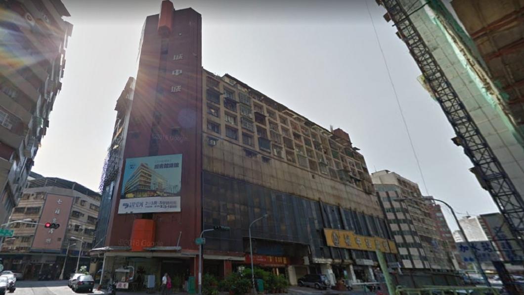 圖/翻攝自Google Map網站 6百萬高雄「買公寓送套房」 網友看完:沒人敢買