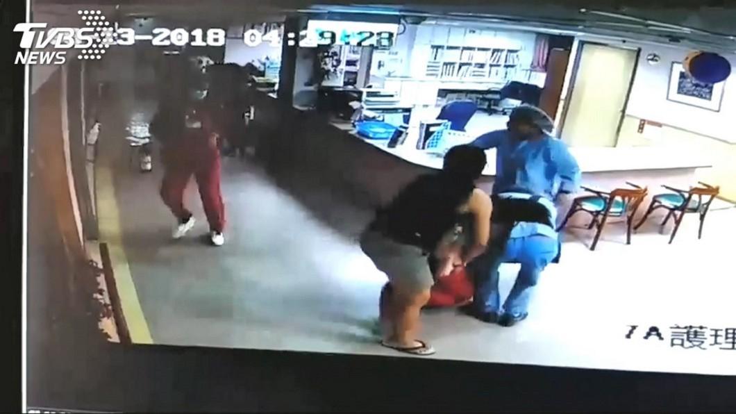 圖/TVBS 台北醫院大火拼死搶救竟成被告 護理師:死在現場算了