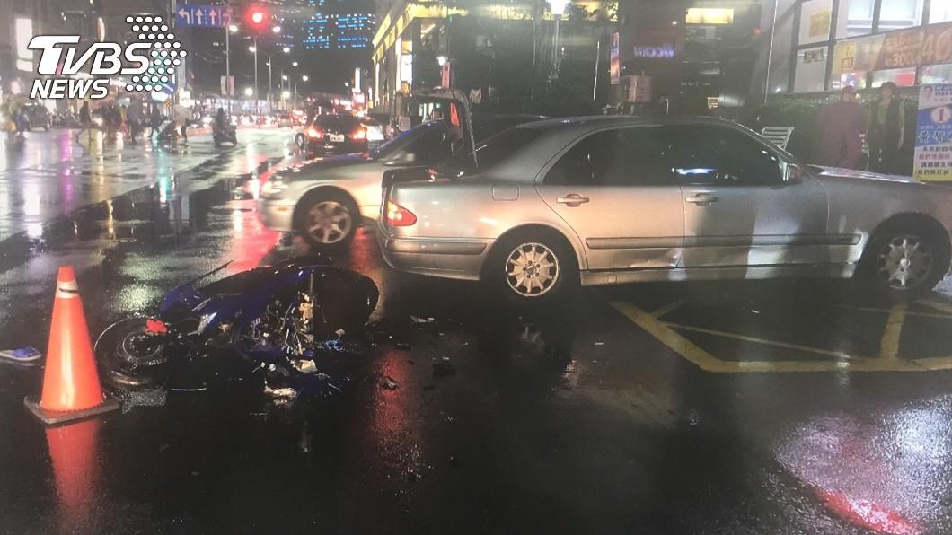 圖/TVBS 阿嬤勸「雨大嘜騎車」 少年出門5分鐘車禍亡
