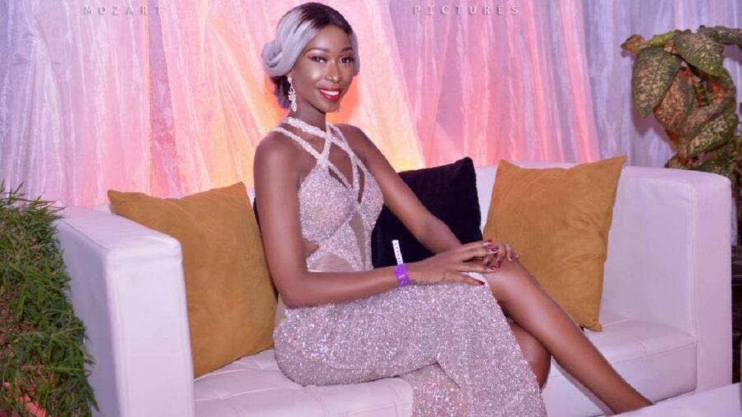 烏干達一位名模的私密照遭人盜取還散布,當地政府卻下令逮捕她。(圖/翻攝自臉書) 女模裸照遭瘋傳…拒付勒索金 政府下令逮捕她