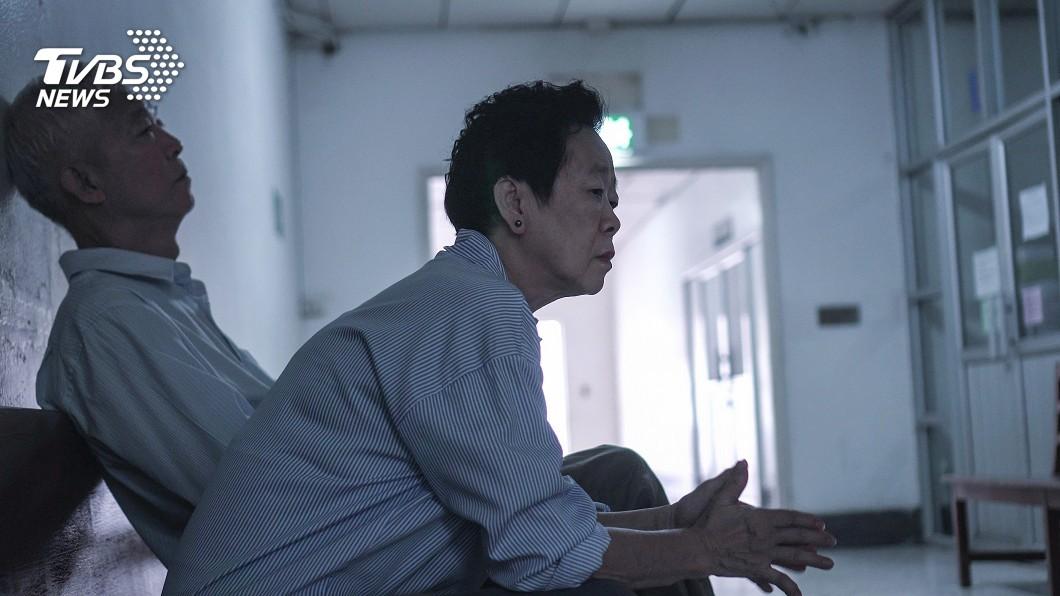 示意圖,非新聞事件中當事人。圖/TVBS 老父告不孝子討房產 死前錄影控「不甘願讓他們好過」