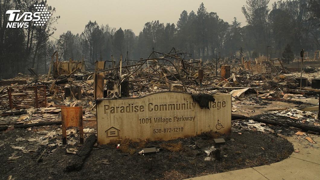 圖/達志影像美聯社 加州野火南北夾擊44死 5100多名消防員打火