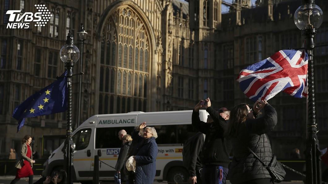 圖/達志影像美聯社 脫歐對英國影響廣泛 產業鏈物價房價恐全面震盪
