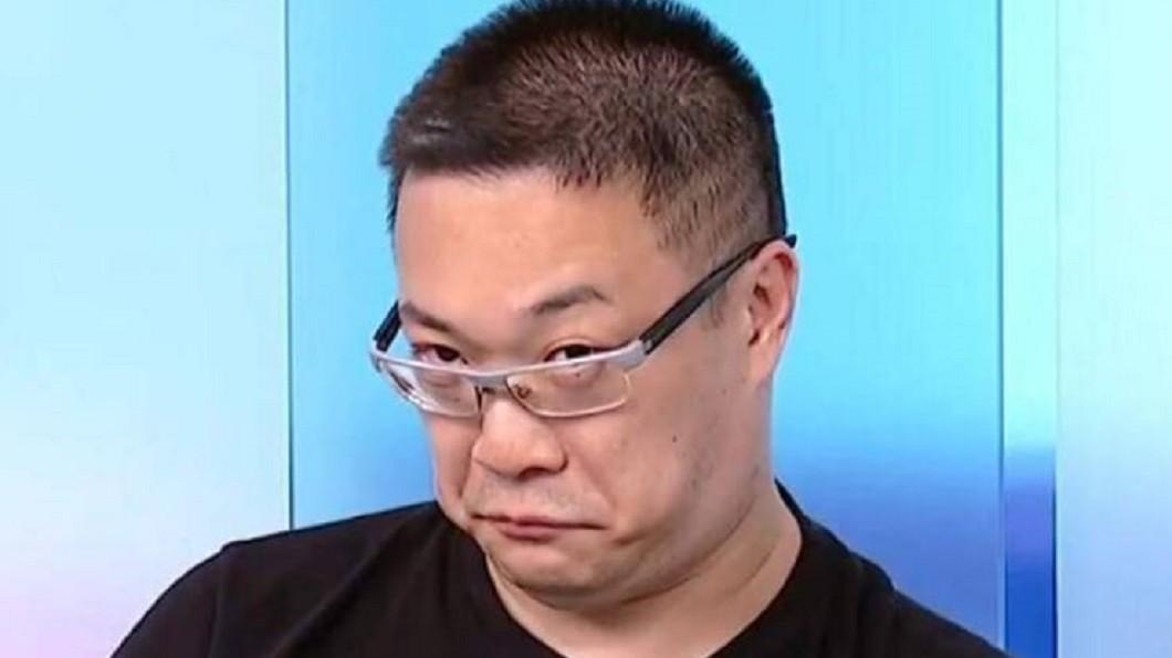 圖/翻攝朱學恒的阿宅萬事通事務所臉書 台灣言論自由「凜冬將至」 宅神酸:大家多穿點