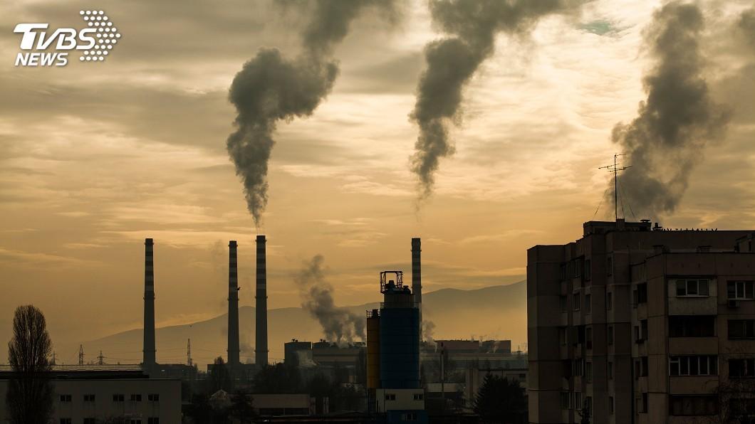 示意圖/TVBS 空污縮短人類壽命 全球平均少活1.8年