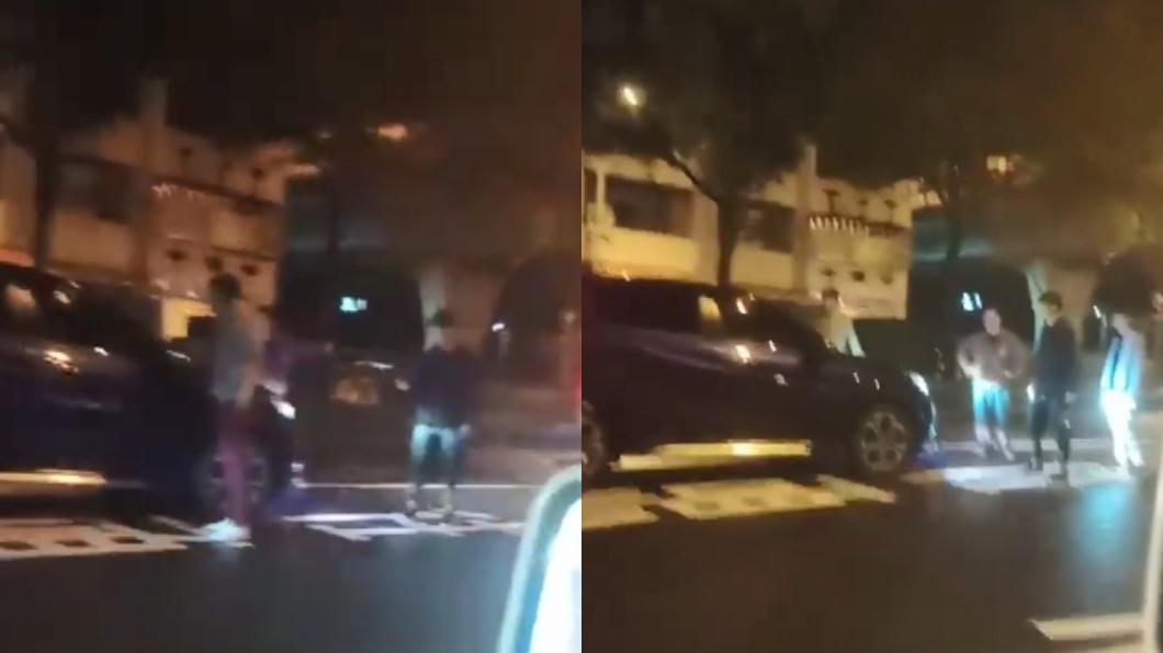 圖/翻攝自臉書 國道用雷射筆挑釁…慘遭砸車 駕駛真實身分超驚人
