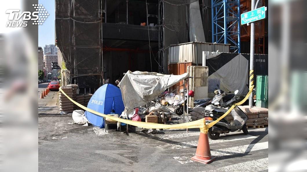圖/TVBS 800公斤沙包14樓墜下 女兒在母親眼前被砸死
