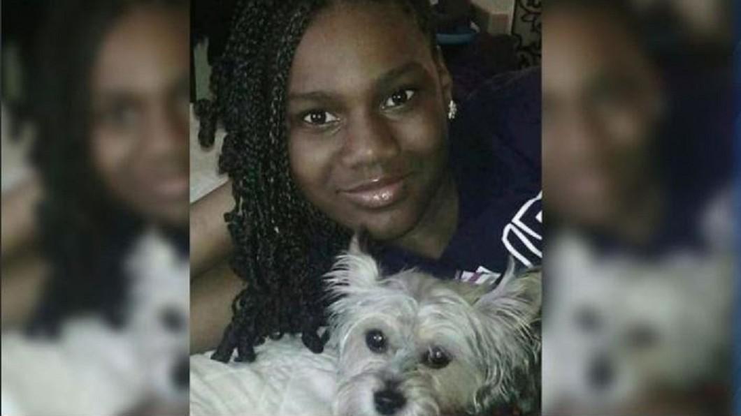 少女在自家臥室無故遭流彈擊中身亡。圖/翻攝自推特 「媽媽我中彈了」曾投稿反槍枝文章獲獎 少女遭流彈擊斃
