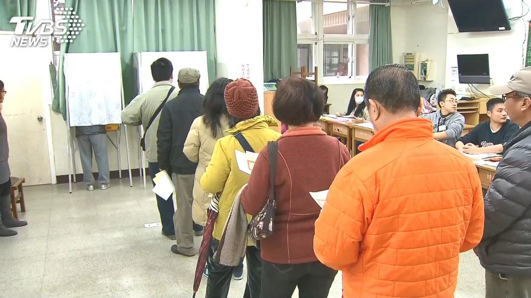 圖/TVBS資料畫面 公投與大選是否脫鉤 學者立場分歧