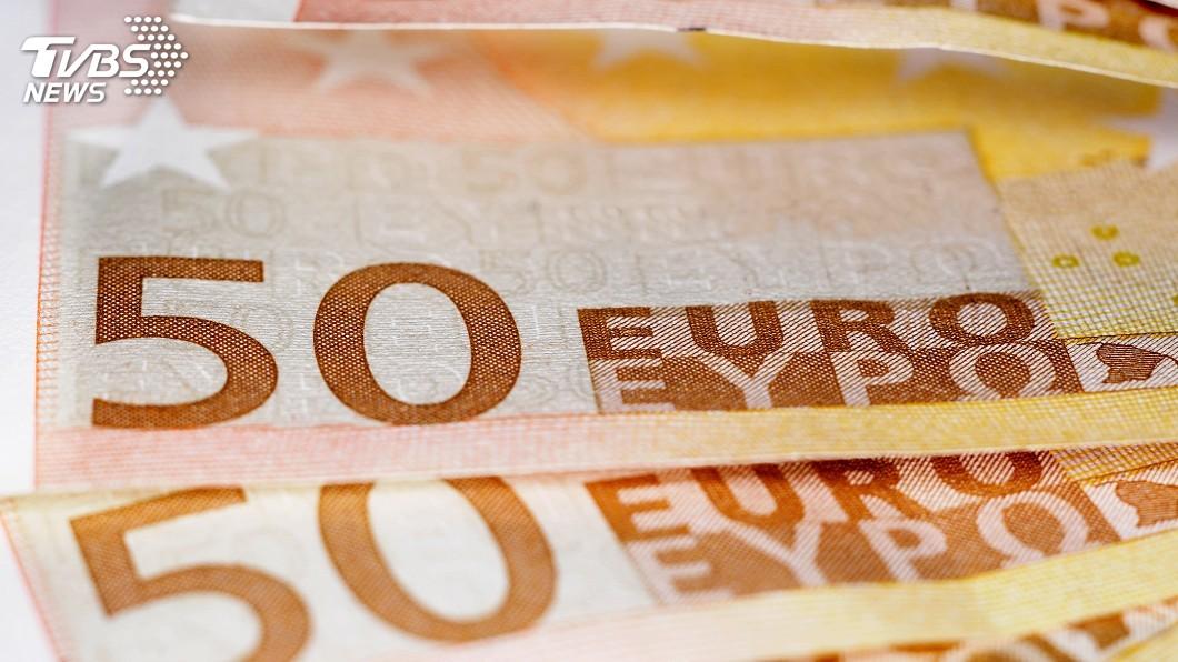 示意圖/TVBS 民眾為獲50歐元搶捐糞便 醫院被迫中止研究