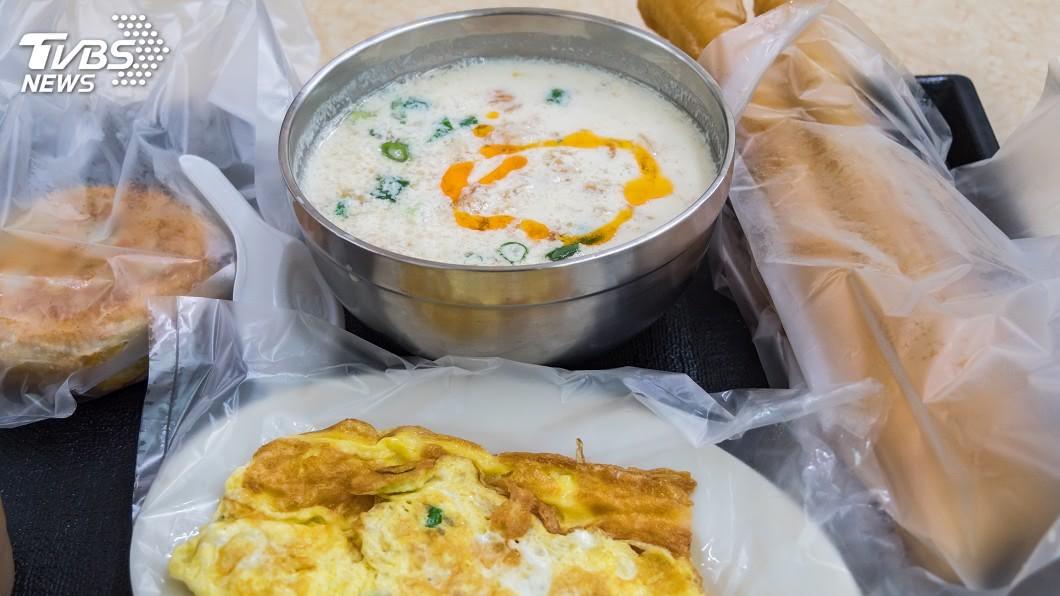 示意圖/TVBS 她早餐太膨湃朋友狠酸「大食量沒人要」 網嗆爆