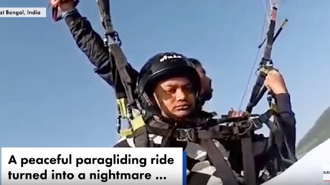 圖/翻攝Youtube 驚悚17秒!滑翔傘繩斷疾墜 飛行員當肉墊救人慘死
