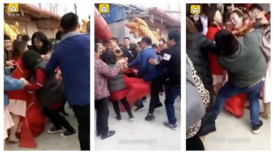 山東一名新娘被鬧婚的太離譜,起身反擊。(圖/翻攝自梨視頻) 鬧婚太離譜!新娘被男賓客強壓 起身狠踹下體賞巴掌