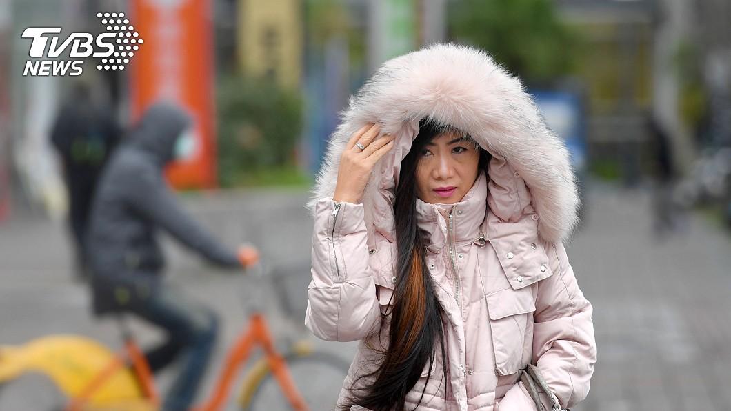 圖/中央社 今入大雪「入冬最強冷空氣」 北東急降至16度又大雨