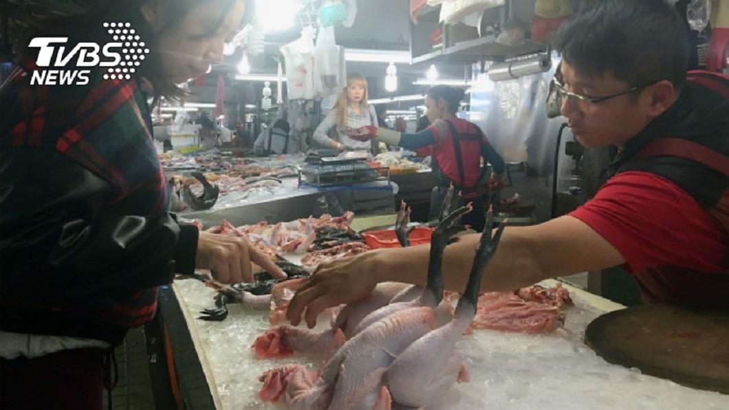 圖/中央社 不只菜價!肉雞價格8年來新低 雞農每隻雞慘賠3元