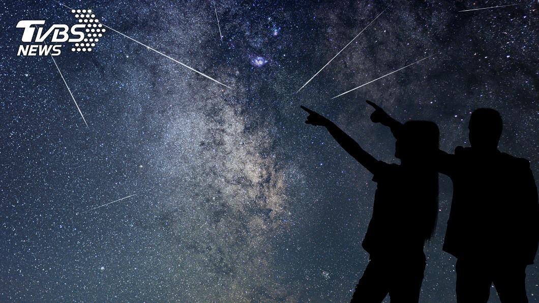 雙子座流星雨將壓軸登場。(示意圖/TVBS) 「雙子座流星雨」爆發 每小時150顆最佳觀測時間曝
