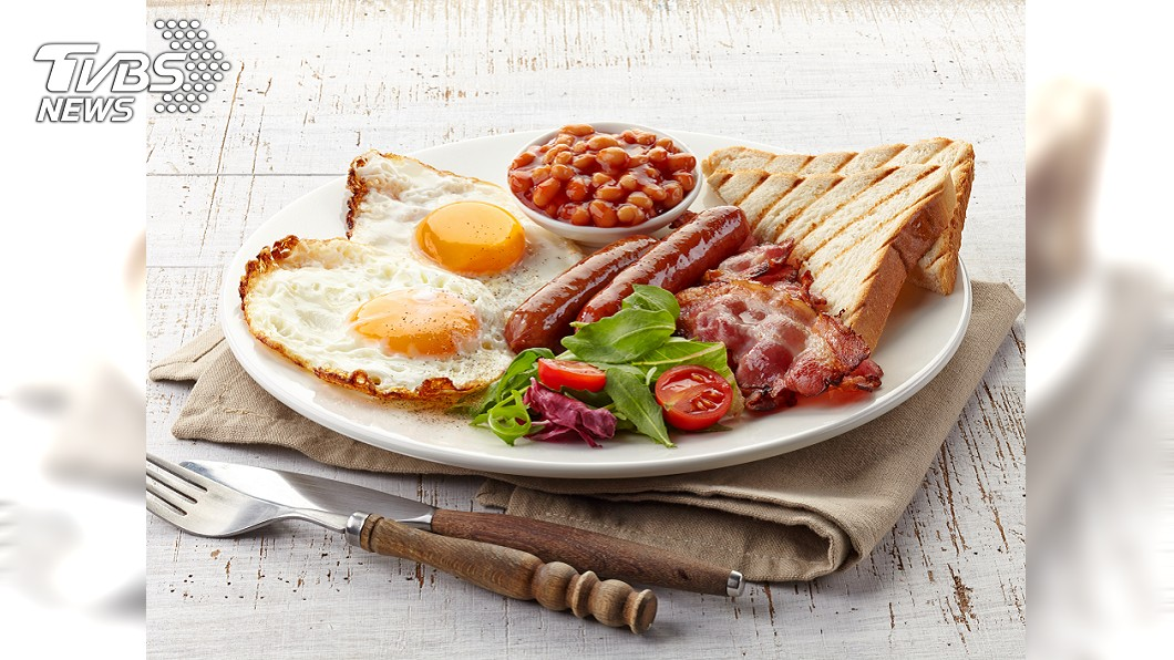 早上到早餐店購買早餐不免要等上一下子。示意圖/TVBS 辣媽「神教訓」插隊大嬸 霸氣話出網笑翻