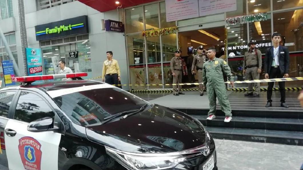 法國男子遭泰國員警開槍爆頭身亡。圖/Manager Daily 為了女人?泰警長打輸法國男 尾隨住處開槍復仇