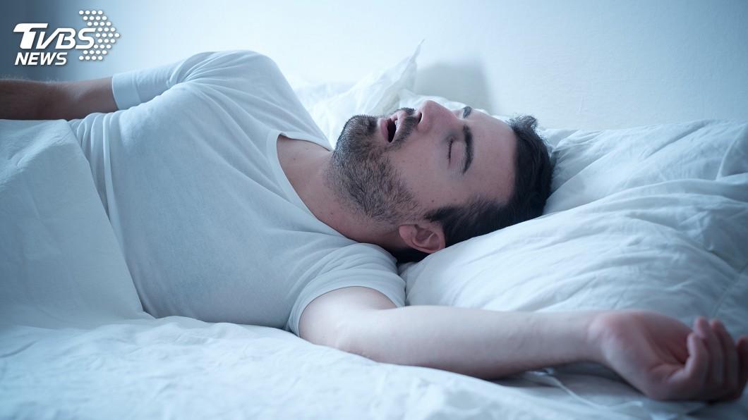 示意圖/TVBS 快訊/打鼾恐是眠呼吸中止症警訊 睡眠檢查增