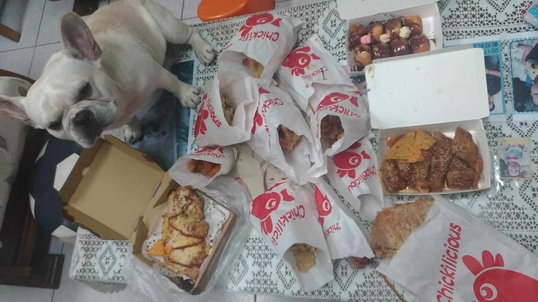 一名女大生日前發文提到,自己超愛吃雞排和炸物。(圖/翻攝自Dcard) 女愛吃雞排「全部來一份」 男友霸氣花千元買全餐滿足她
