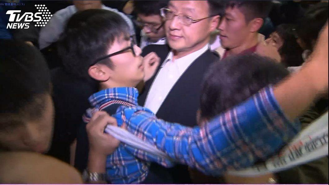 太陽花學生衝入江宜樺演講會場,對此羅智強出面聲援江宜樺。圖/TVBS